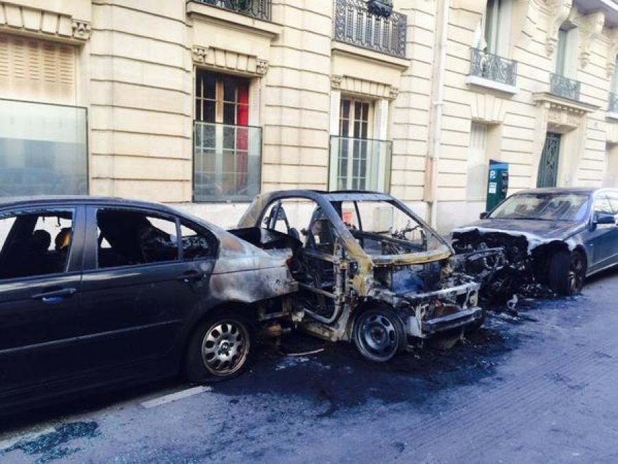 incendie-voiture_900x562_autocrop