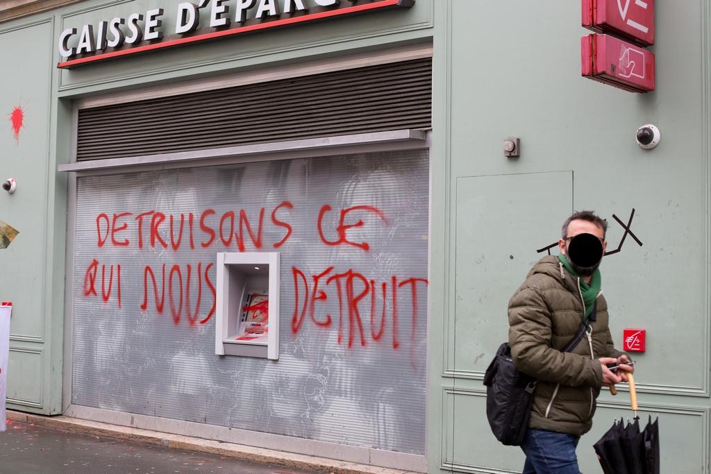 Paris 9 3 2016