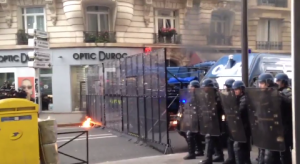 Paris 12 5 2016 Molotov