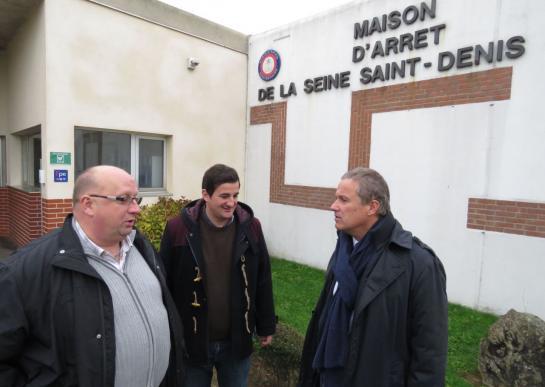 Villepinte 19 10 2016 - N. Dupont -Aignan avec Philippe Kuhn (a gauche) et Erwan Saoudi